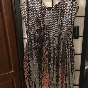 Dresses & Skirts - Mirror dress size medium